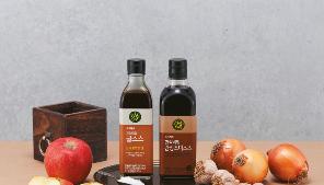요리에 감칠맛을 더해주는 초록마을 굴소스&간장조미소스 관련 이미지